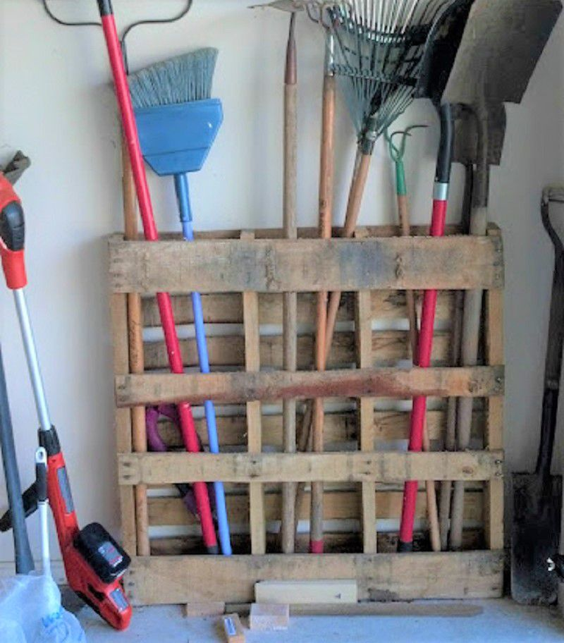 25 DIY Wood Pallet Projects