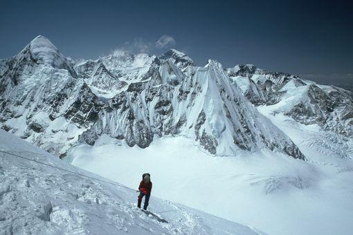 Mount Everest climber and Pumori