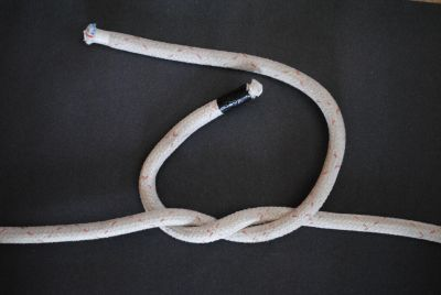Reef knot step 1