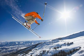 Romantic Winter Getaways For Couples At Ski Resorts - The top 10 destinations for your snowboarding vacation