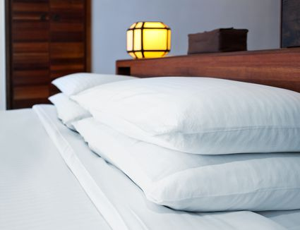 How to Wash Feather Bed Pillows