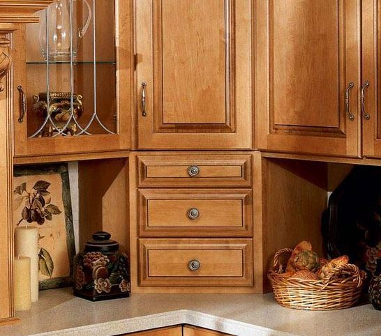 Get Creative With These Corner Kitchen Cabinet Ideas: Corner Kitchen Cabinet Solutions