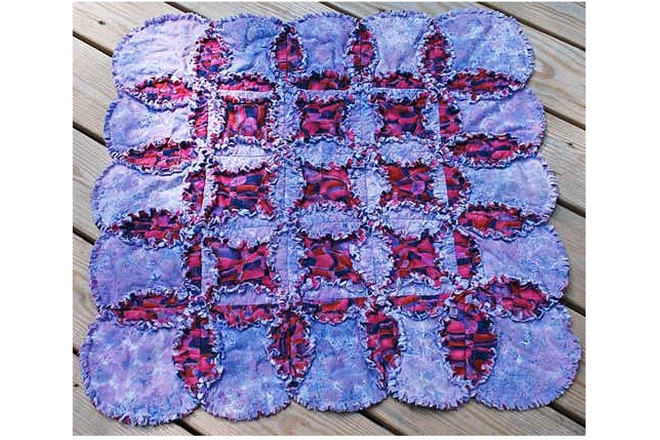 Free Rag Quilt Patterns to Help You Make Cuddly Quilts : raggedy quilt patterns - Adamdwight.com