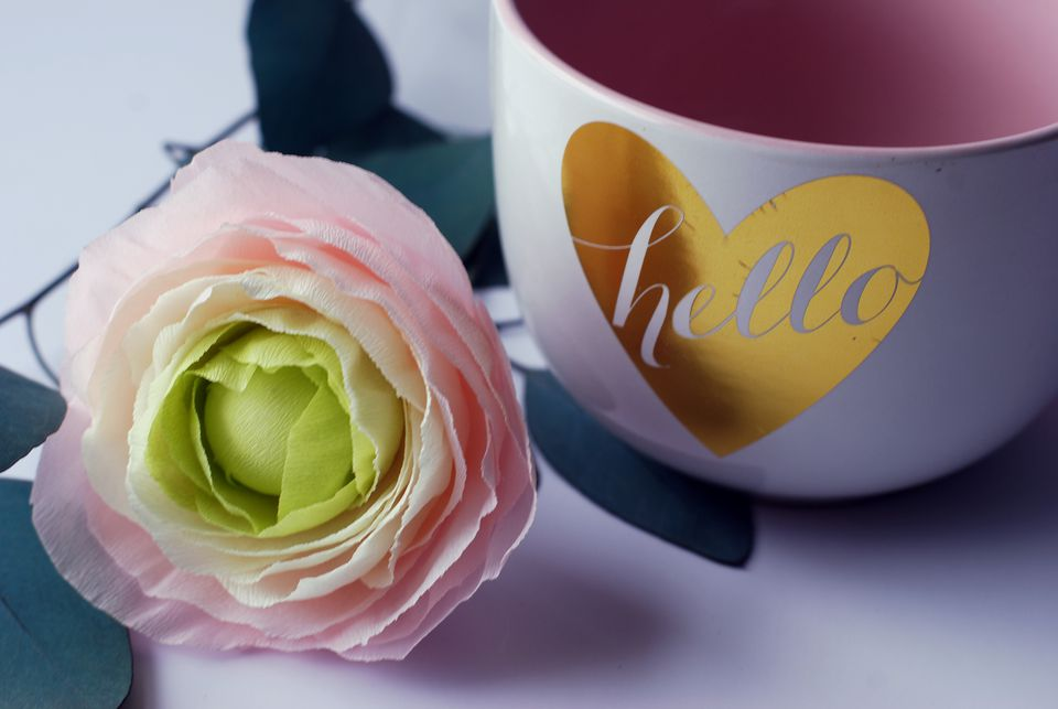 ranunculus with cup