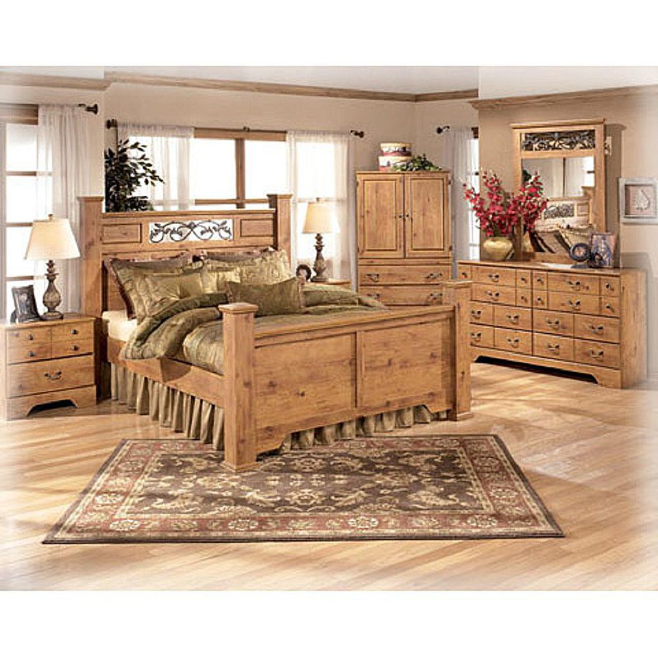 Rustic bedroom set. What s the Difference Between Primitive  Rustic and Country
