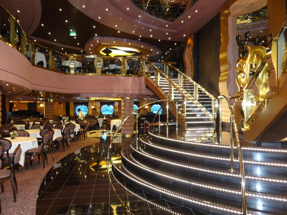 Dining On The MSC Divina Cruise Ship - Msc divina cruise ship