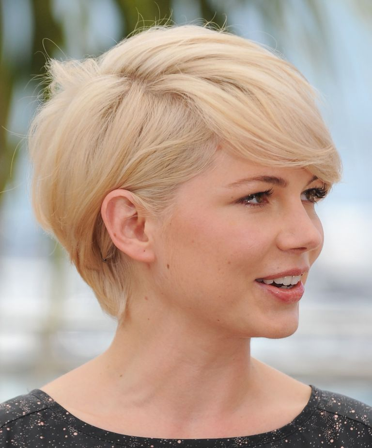 Actress michelle williams hairstyles a slideshow another view of her hairstyle michelle williams urmus Choice Image
