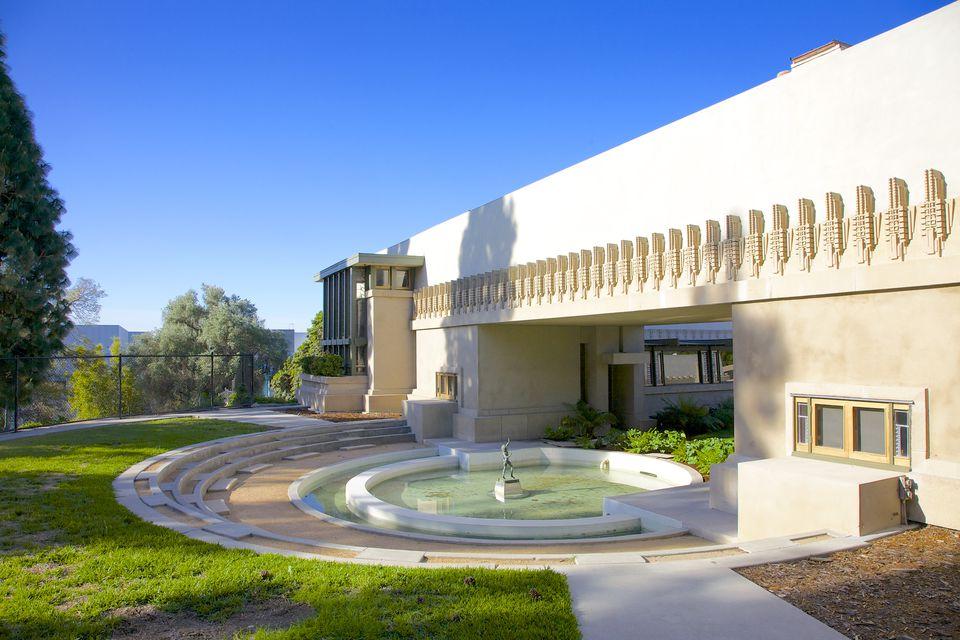 Frank Lloyd Wright's Hollyhock House, L.A.