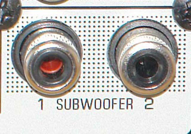 Dual Subwoofer Preamp Output Connection Example