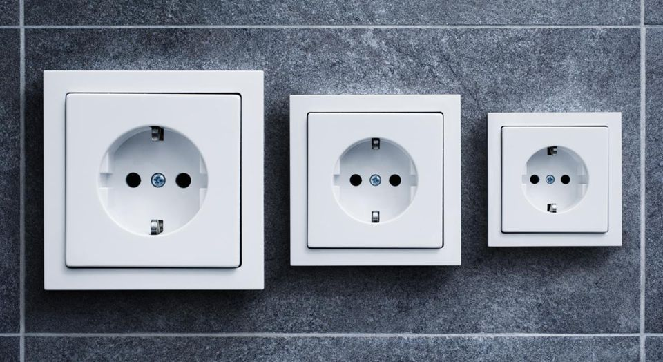 Electric outlets (German) in different sizes