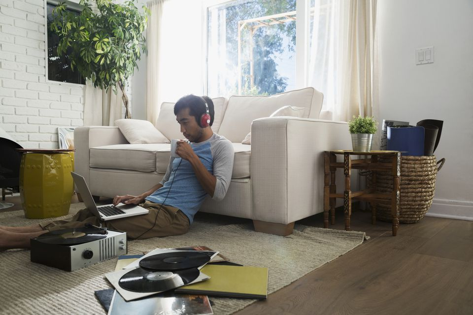 Inexpensive Luxury Vinyl Flooring Gracing a Living Room