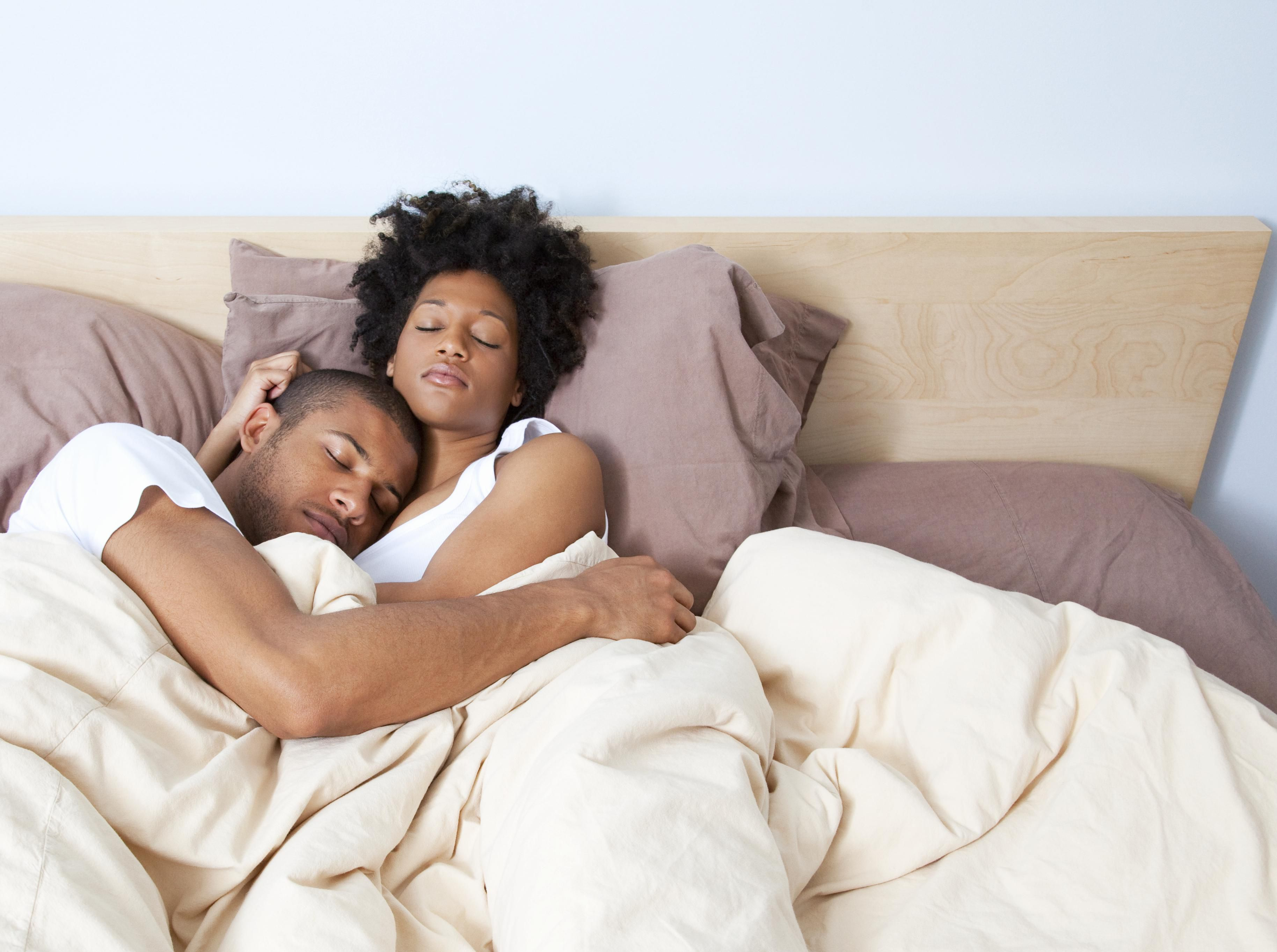 How Married Couples Can Get a Good Nights Sleep