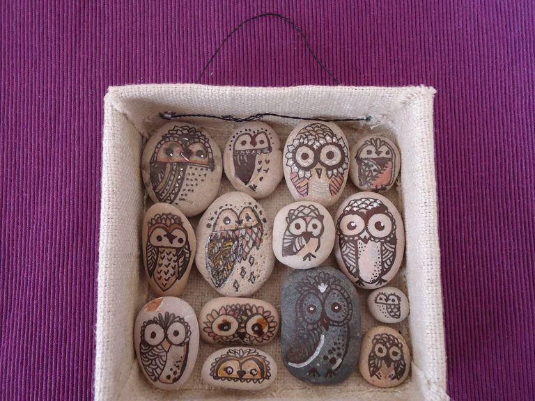 Cuadro con piedras de r o for Cuadros hechos con piedras