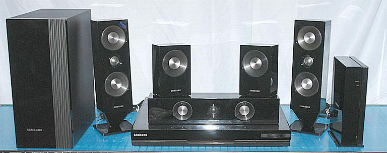 Samsung HT-D6500W 5.1 Channel Blu-ray 3D Home Theater System - Front View