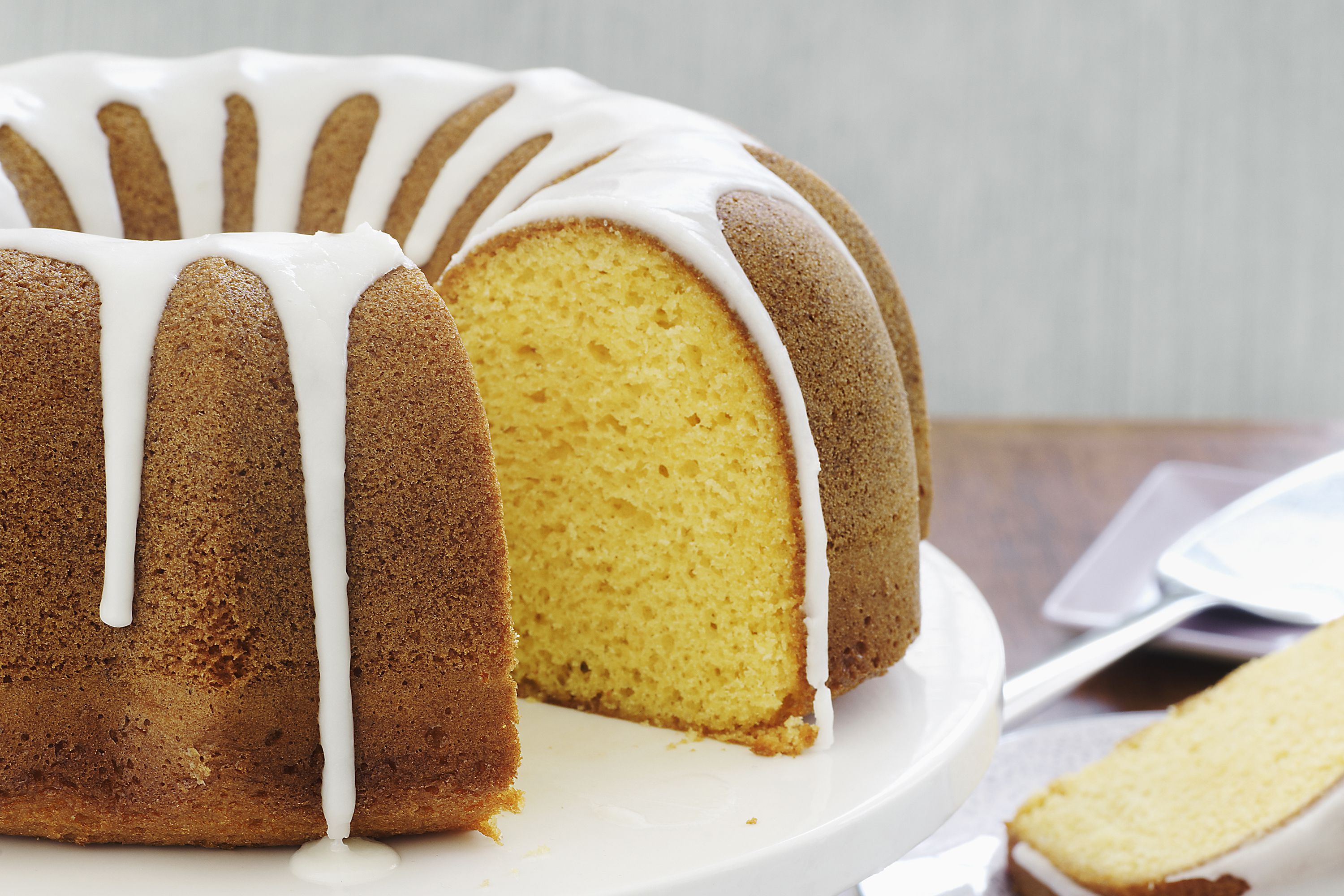 Bundt Pound Cake With Sour Cream