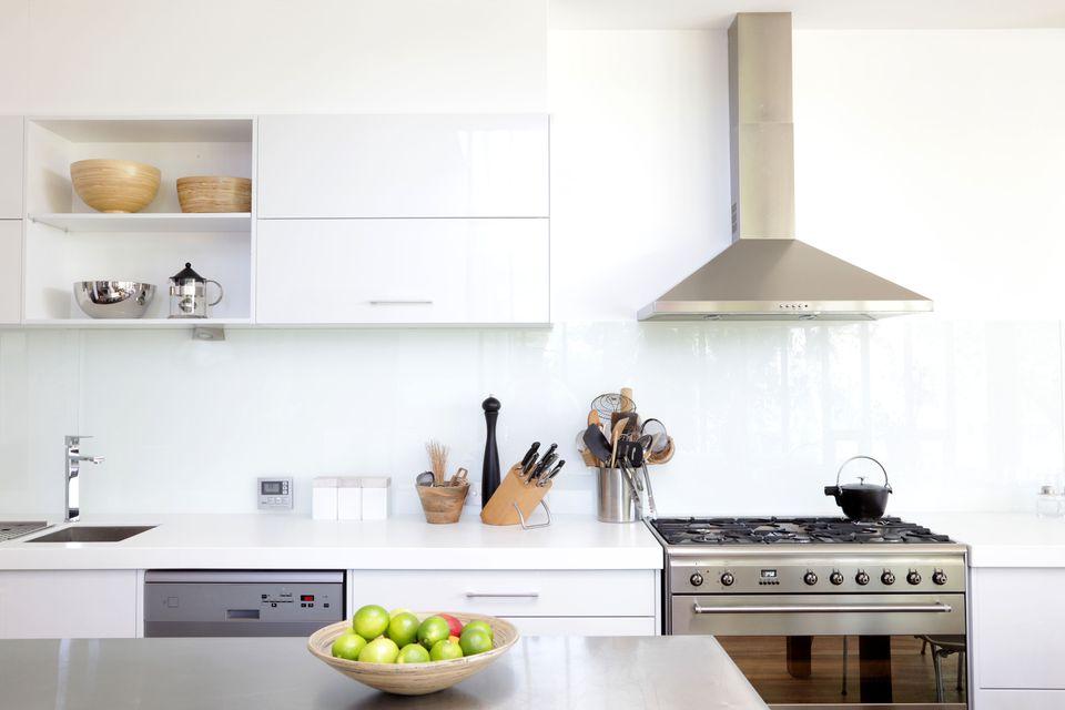 Kitchen front range stove