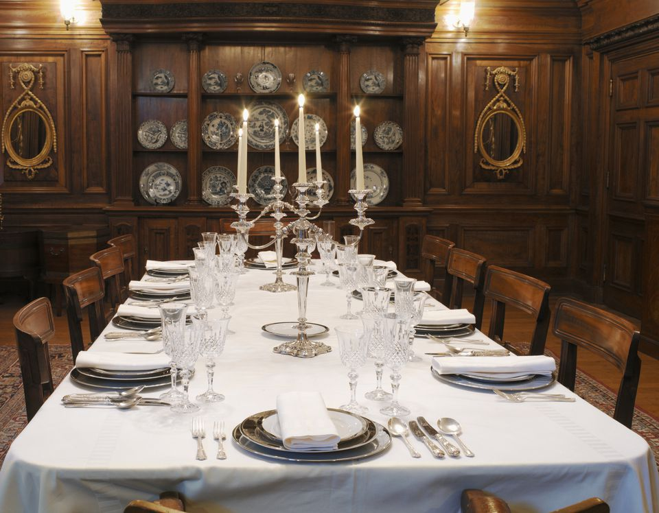 how to host a murder mystery dinner party. Black Bedroom Furniture Sets. Home Design Ideas