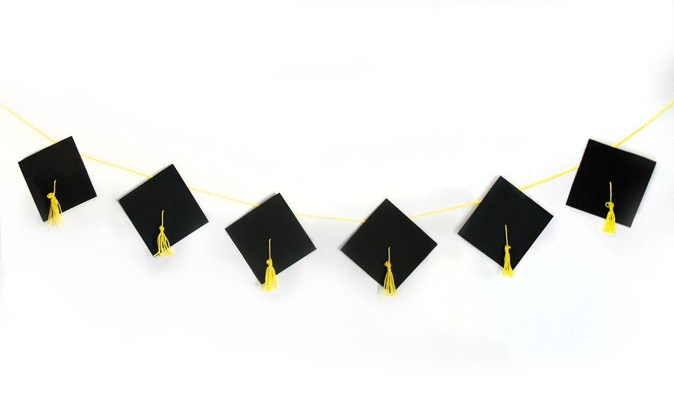 DIY Graduation Banner