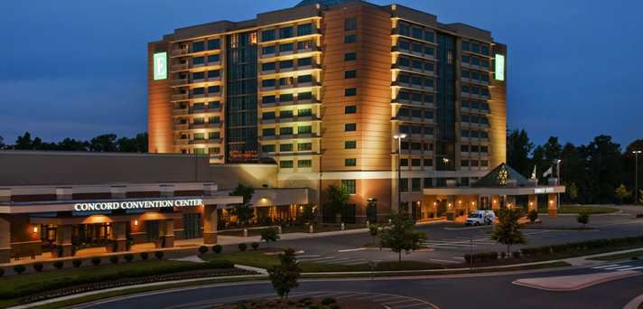 hotels near charlotte motor speedway and zmax dragway