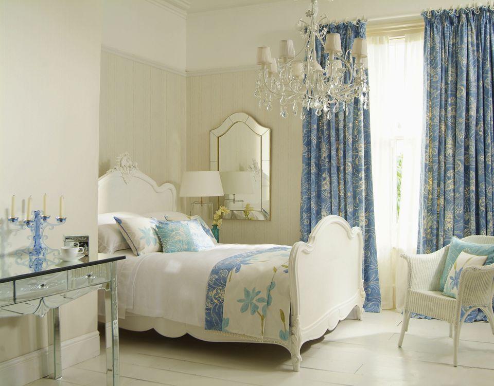 Beautiful bedroom draperies