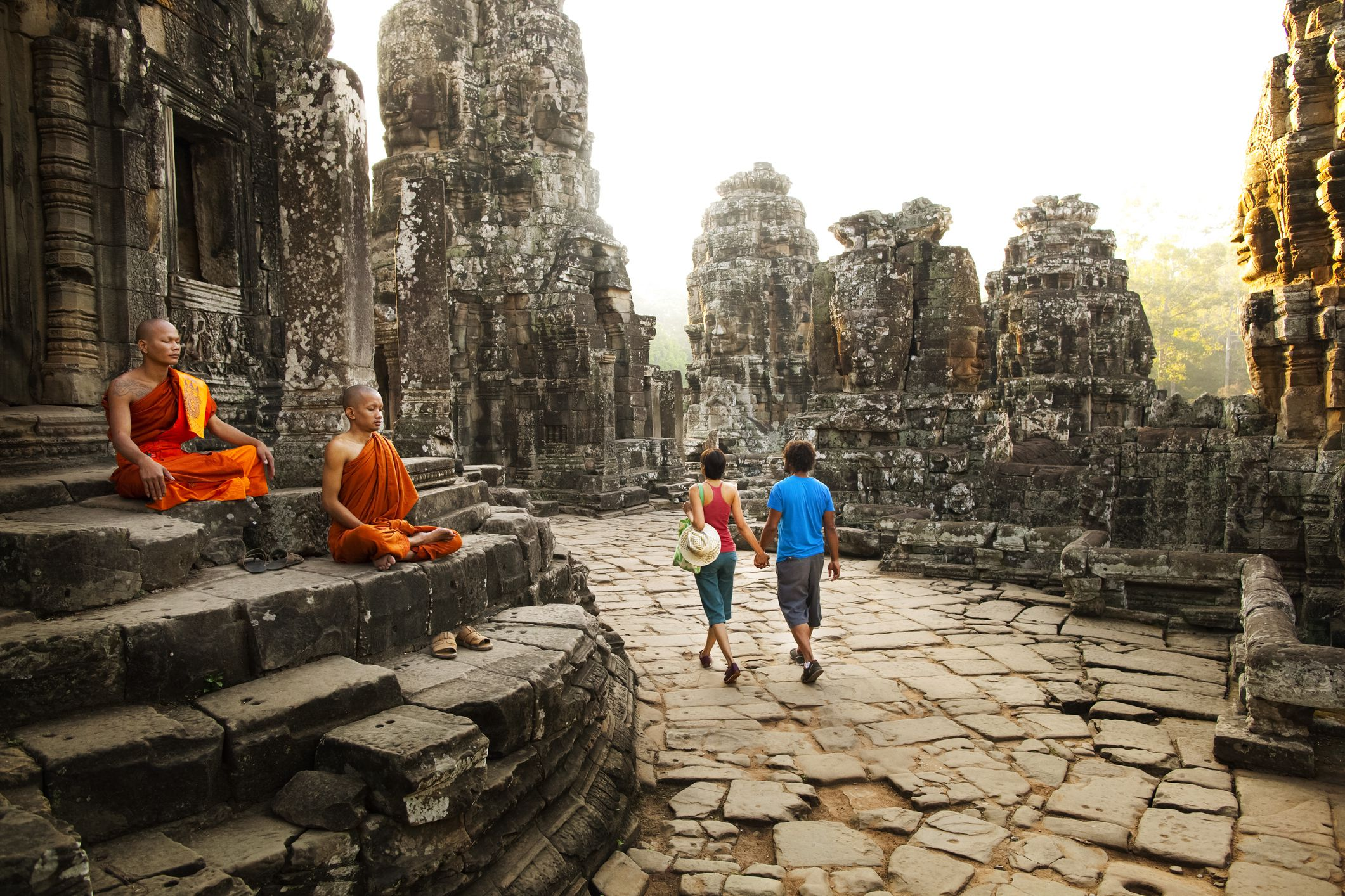 The Top Etiquette Dos and Don'ts for Cambodia