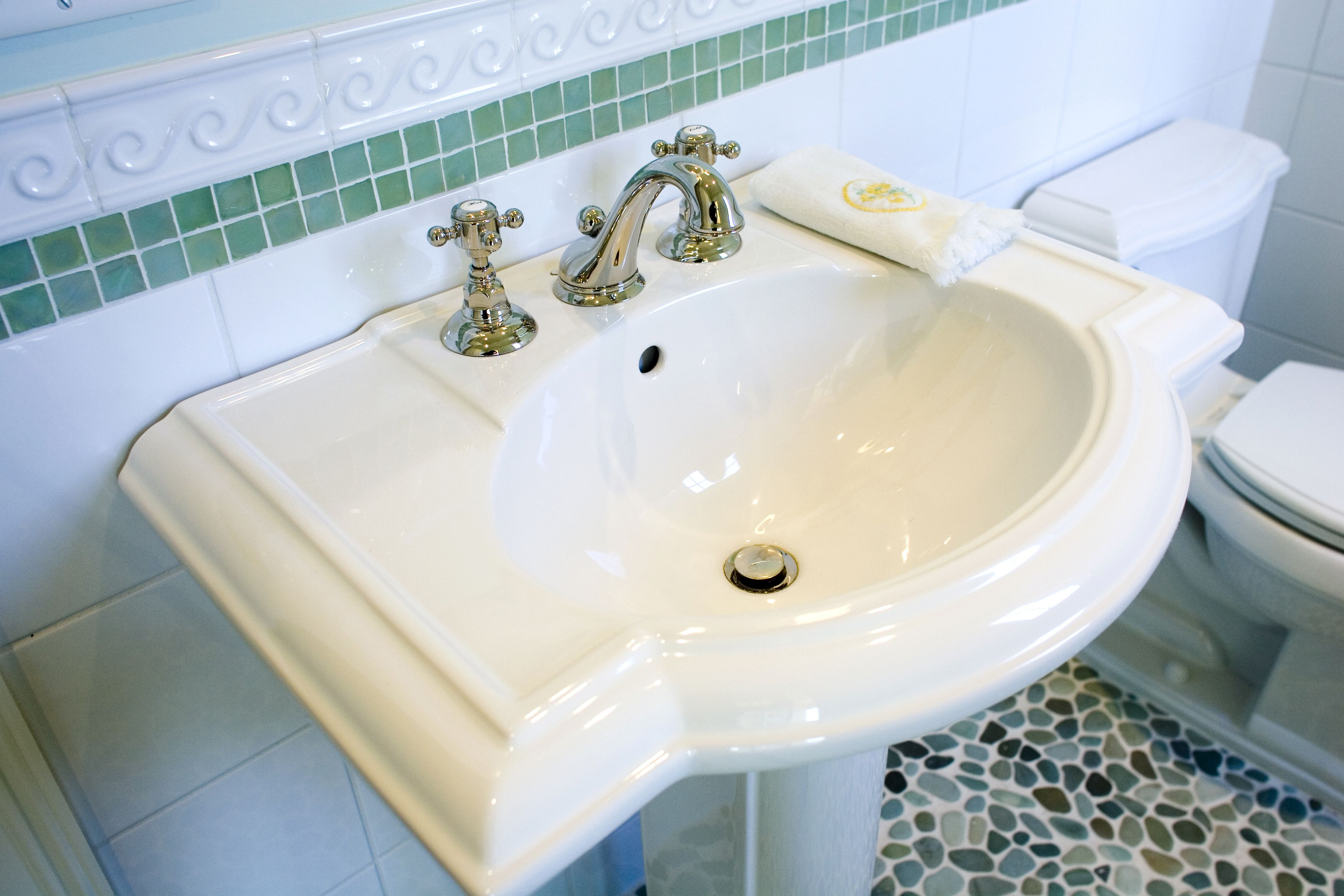 sinks elegant beautiful pedestal sink of luxury at cabinet bathroom ctm designs for porcelain