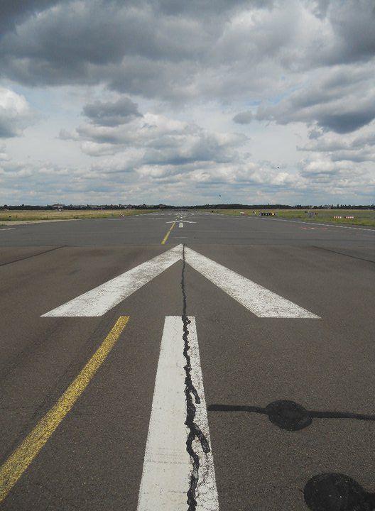 Runway Tempelhof Park.jpg