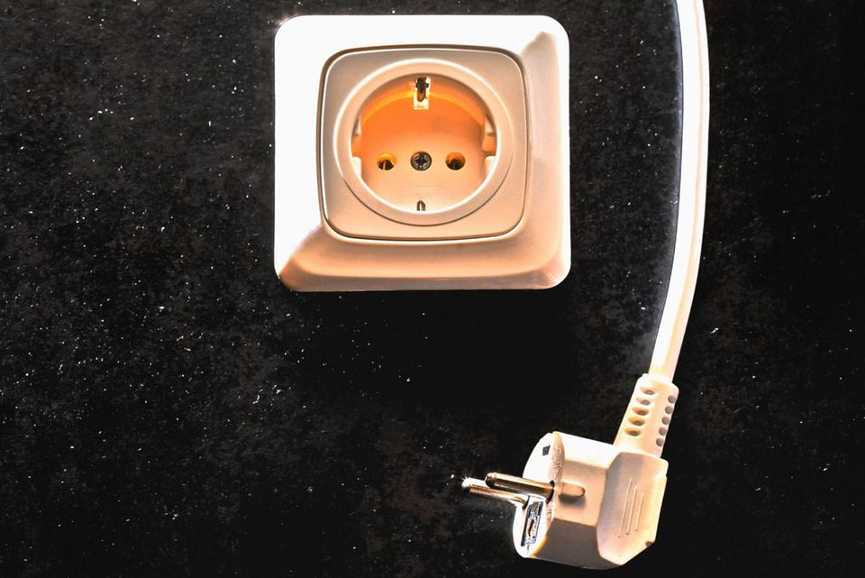 Car power outlet converter 16