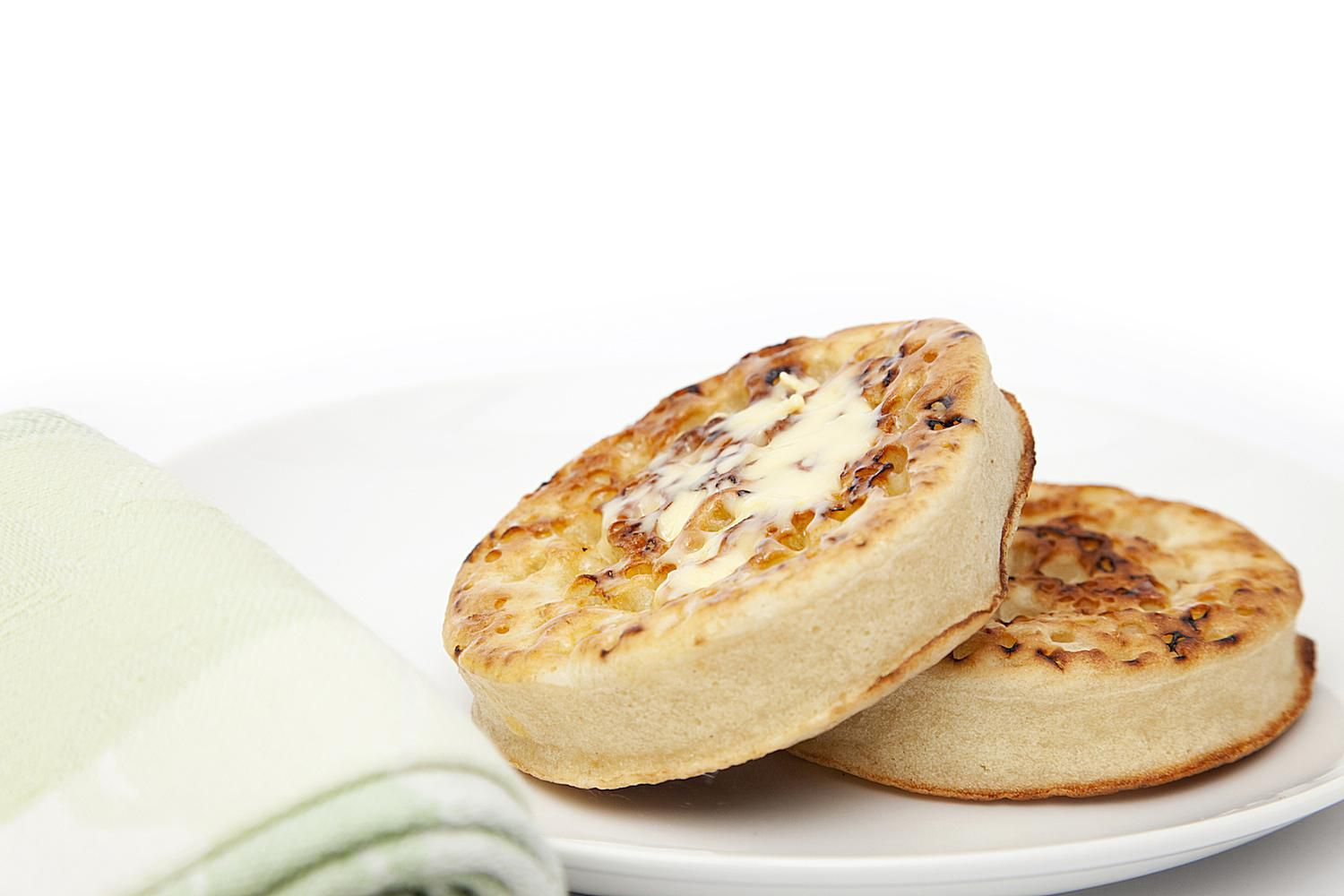 Traditional English Crumpets Recipe