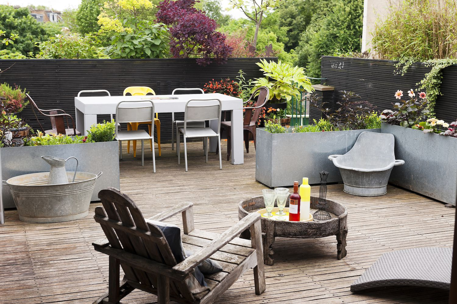 the best fencing ideas to add gorgeous curb appeal