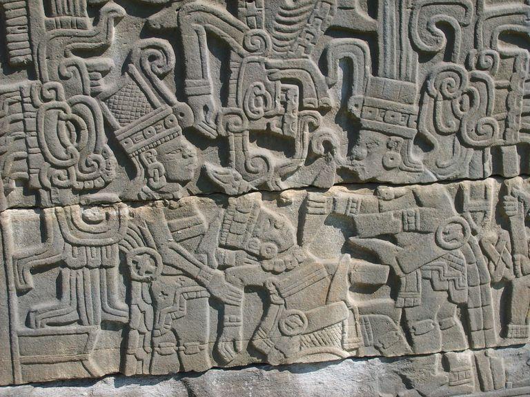 File:Tajín Sacrifice Sculpture 1.jpg