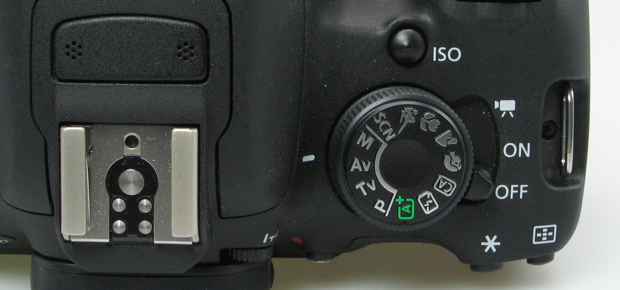 Camera Hot Shoe : Digital camera glossary what is a hot shoe flash