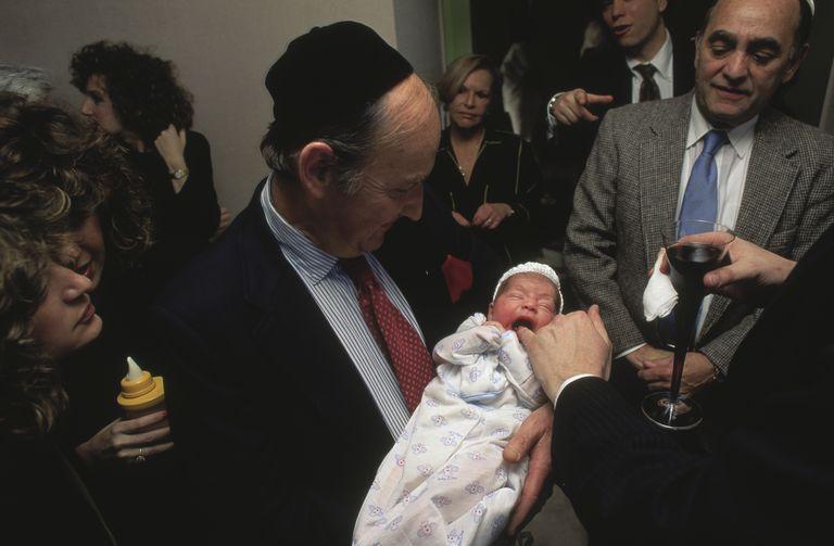 Jewish circumcision