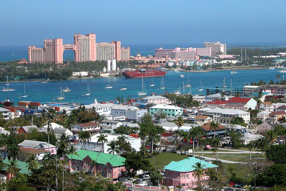 Grand Bahama Islands, Nassau, Cruise shopping area