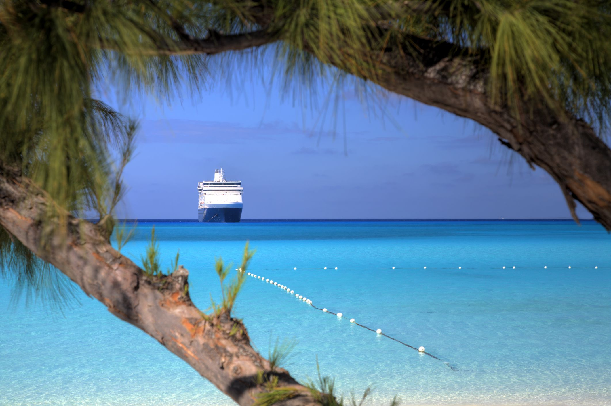 5 ways to avoid tropical budget cruise disappointment for Tropical vacation on a budget