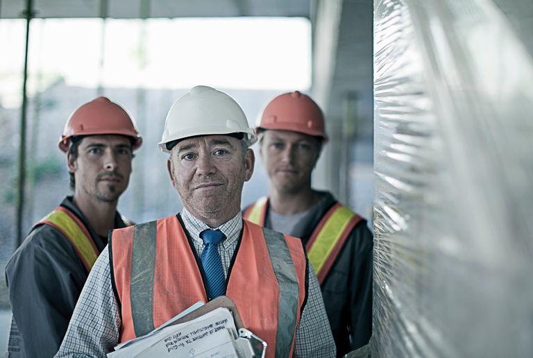 worker_safety_467162315.jpg