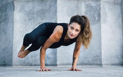 how to do vrschikasana or scorpion yoga pose