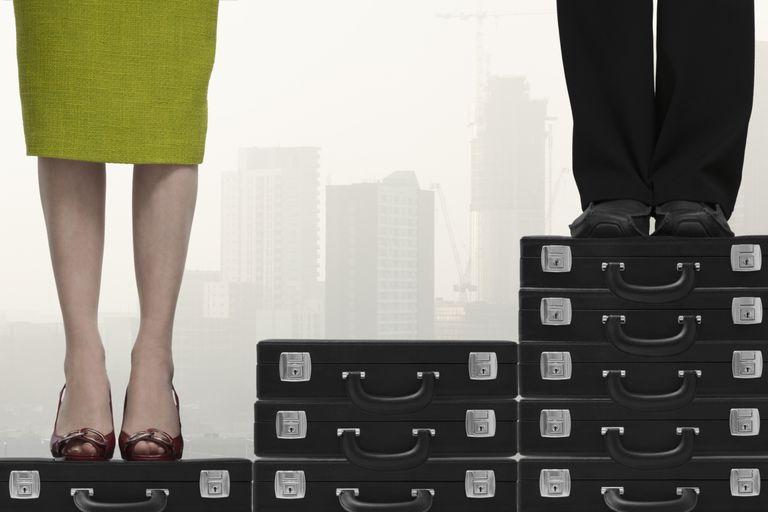 La discriminación legal y laboral de la mujer es un obstáculo para la igualdad