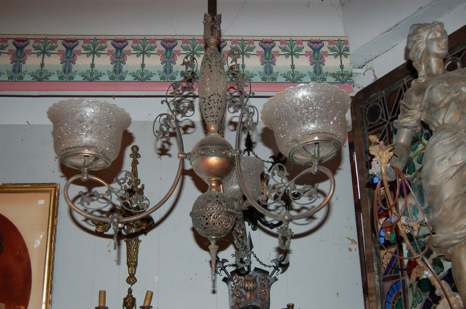 A gas chandelier - The Best Gas Chandeliers For The Glasslight Era