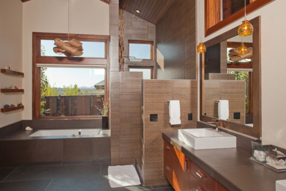 Craftsman Style Bathroom With Walk In Shower
