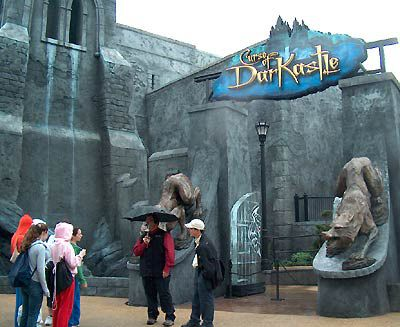 Take A Ride On The Top Best Theme Park Attractions - The 14 best theme parks in the world