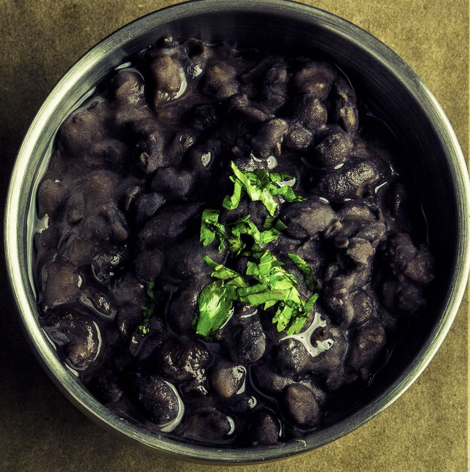 Vegetarian black beans (frijoles negros)