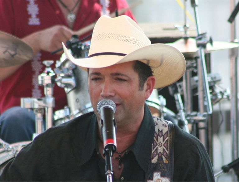 Country singer Tracy Byrd