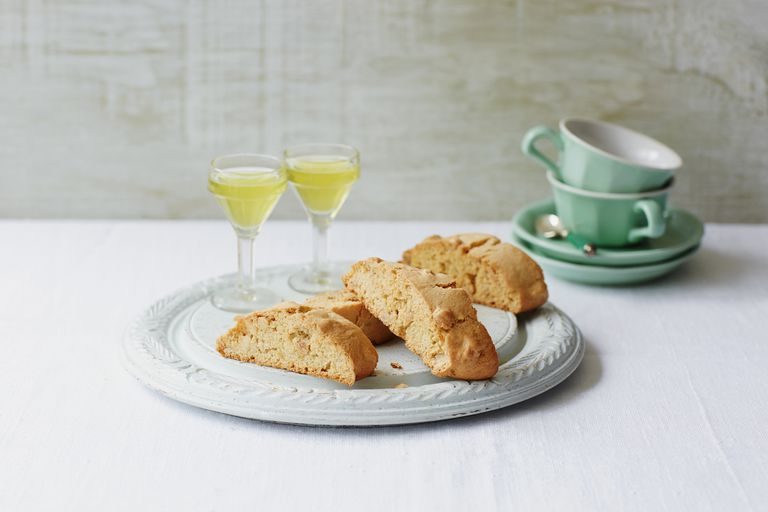 almond biscotti and wine