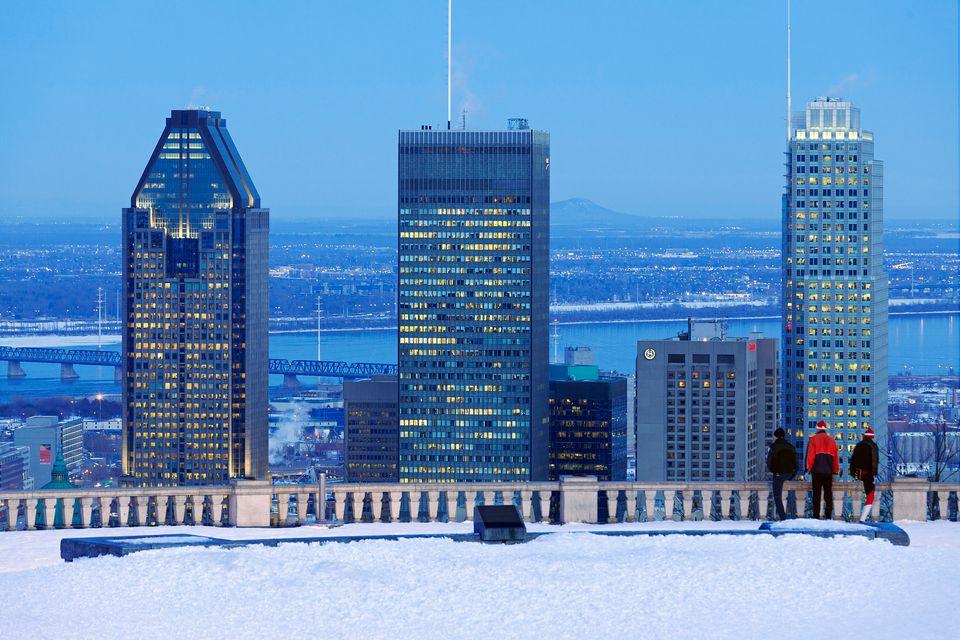 Snowshoeing Montreal 2018 season details for Parc Mont-Royal.