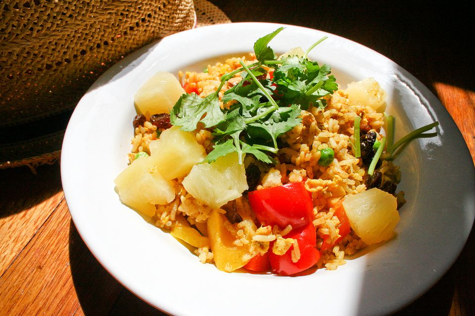 Thai curry rice with pineapple recipe pineapple fried rice caroline hadilaksonoflickr forumfinder Gallery