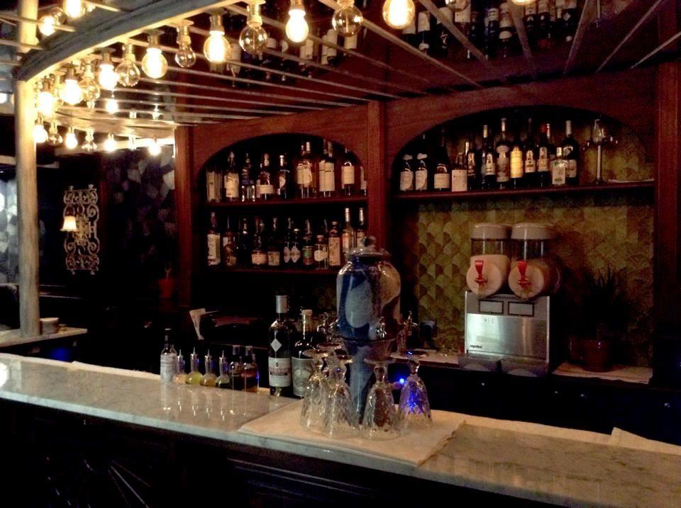 the best hidden bars in paris. Black Bedroom Furniture Sets. Home Design Ideas