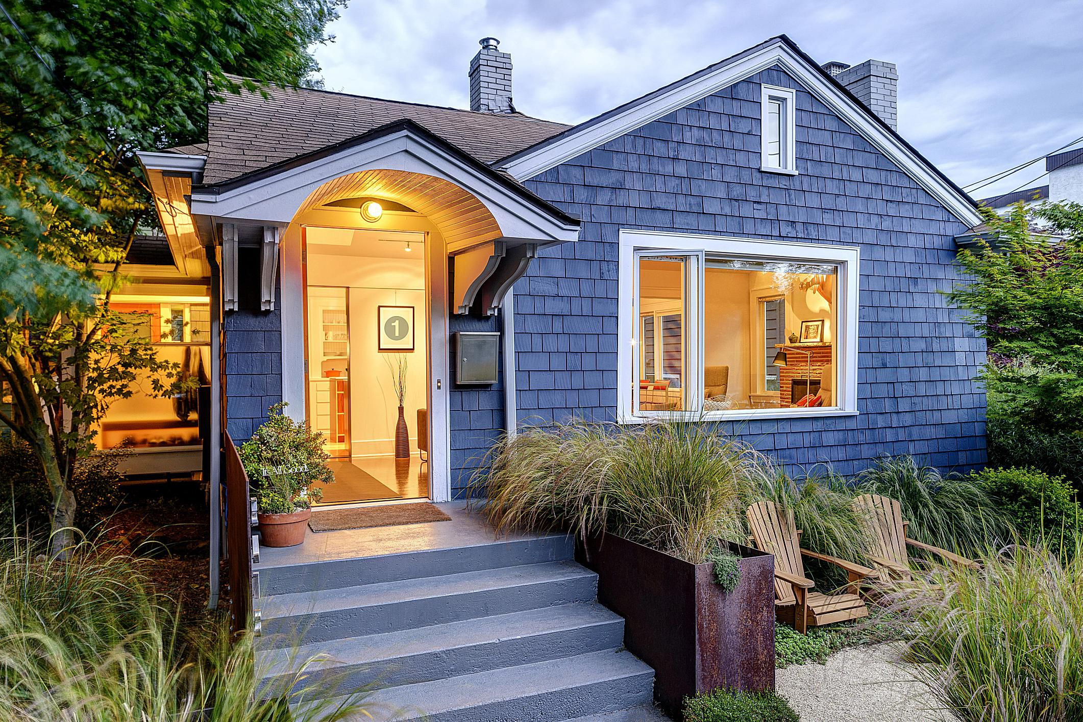 4 Ways To Keep Cedar Wood Colorful and Protected