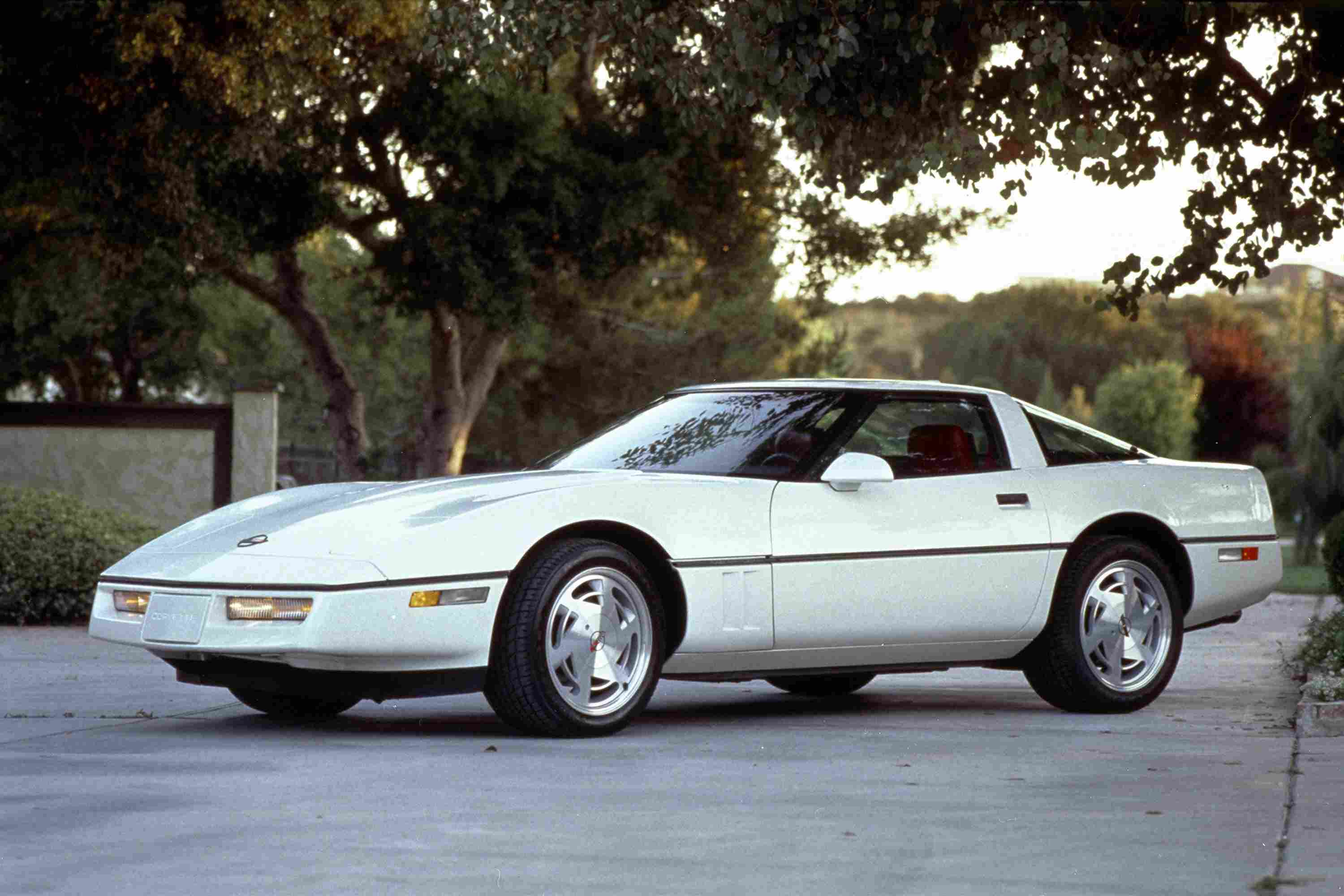 5 Affordable Corvettes to Buy and Drive
