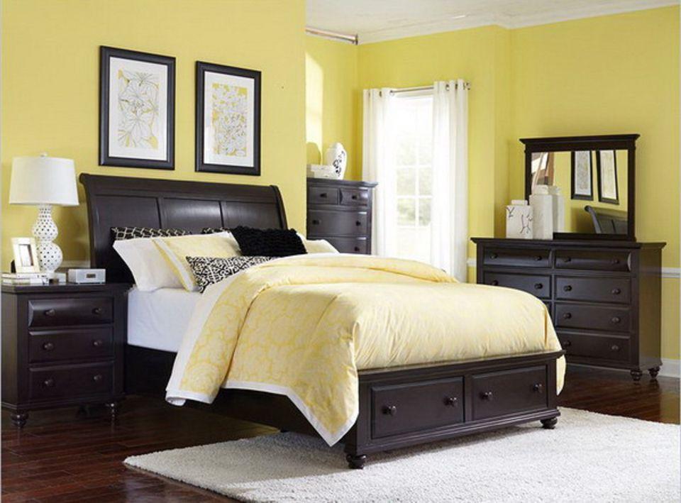 decorating  pastels   bedroom